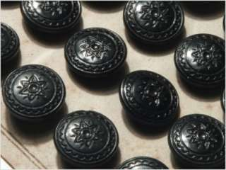 (24) ANTIQUE VTG CZECH BLACK Floral GLASS BUTTONS 20´s 14 mm