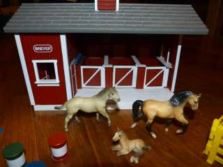 Stablemates Little Red Stable Horse Barn Fence 15 Pc Set Lot