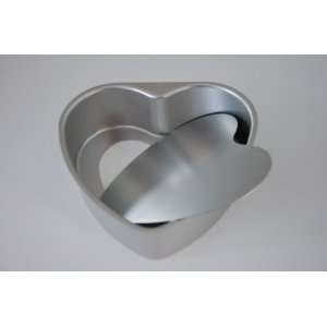 8 Inch Heart Shape Cake Pan with Removable Bottom